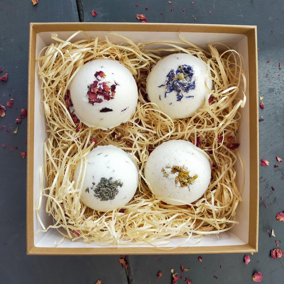 Luxury Gift Box of Botanical Bath Bombs