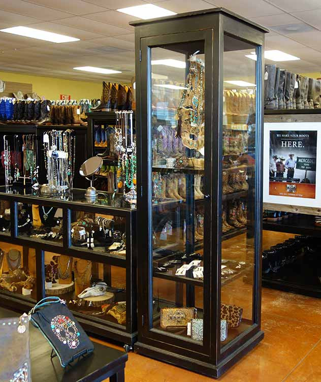 Rolling Ranch Rack Display Cabinets
