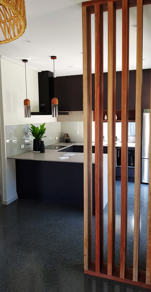 Spotted Gum feature kitchen renovation
