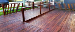 Commercial entrance Deck innercity