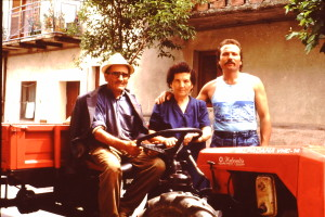 Mario with his mother and uncle