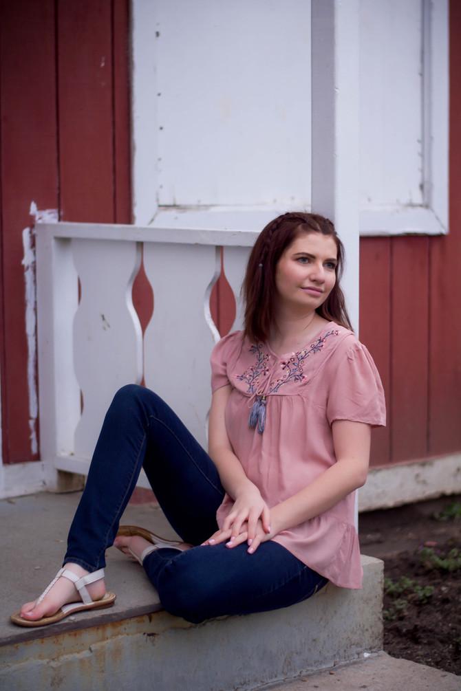 Emmalee Senior Portraits