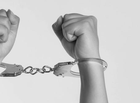 Pena privativa de liberdade: para quem?*