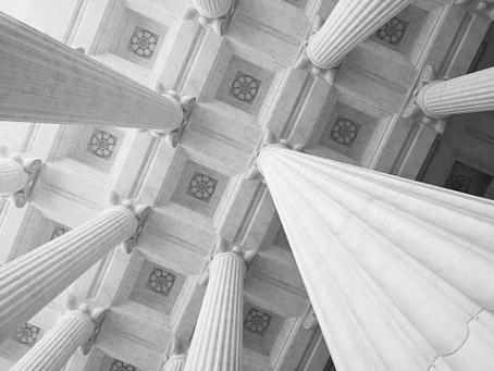 Os tribunais e a plenitude do direito de defesa