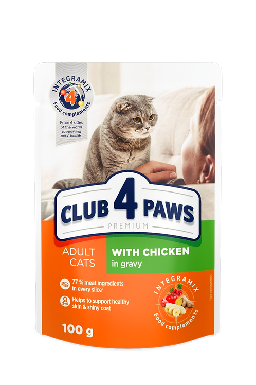 "CLUB 4 PAWS Premium ""With chicken in gravy"". Pouches pet food for adult cats"