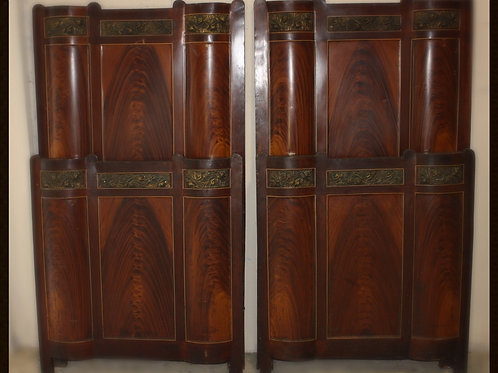 1920's Antique Twin Size Metal Beds (Letti in Ferro) Pair