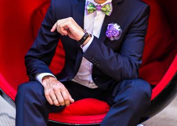 groom-sitting-P8KA5TF.jpg
