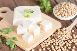 Tofu with soy bean on wooden board..jpg