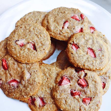 Chewy Gooey Strawberry Vanilla Cookies