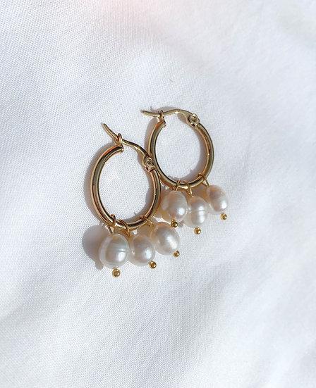 3 Pearls Gold Hoop Earrings