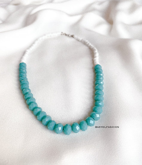 White and Blue Faceted Glass Beaded Necklace