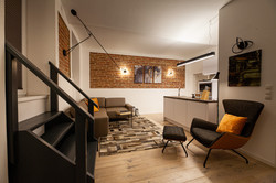 Modern Industrial Apartment 1180 Wien