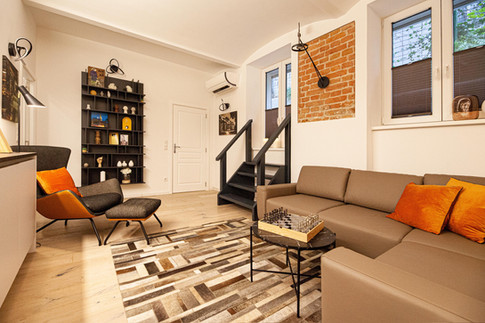 Living Room - Modern industrial bachelor's apartment in 1180 Wien.