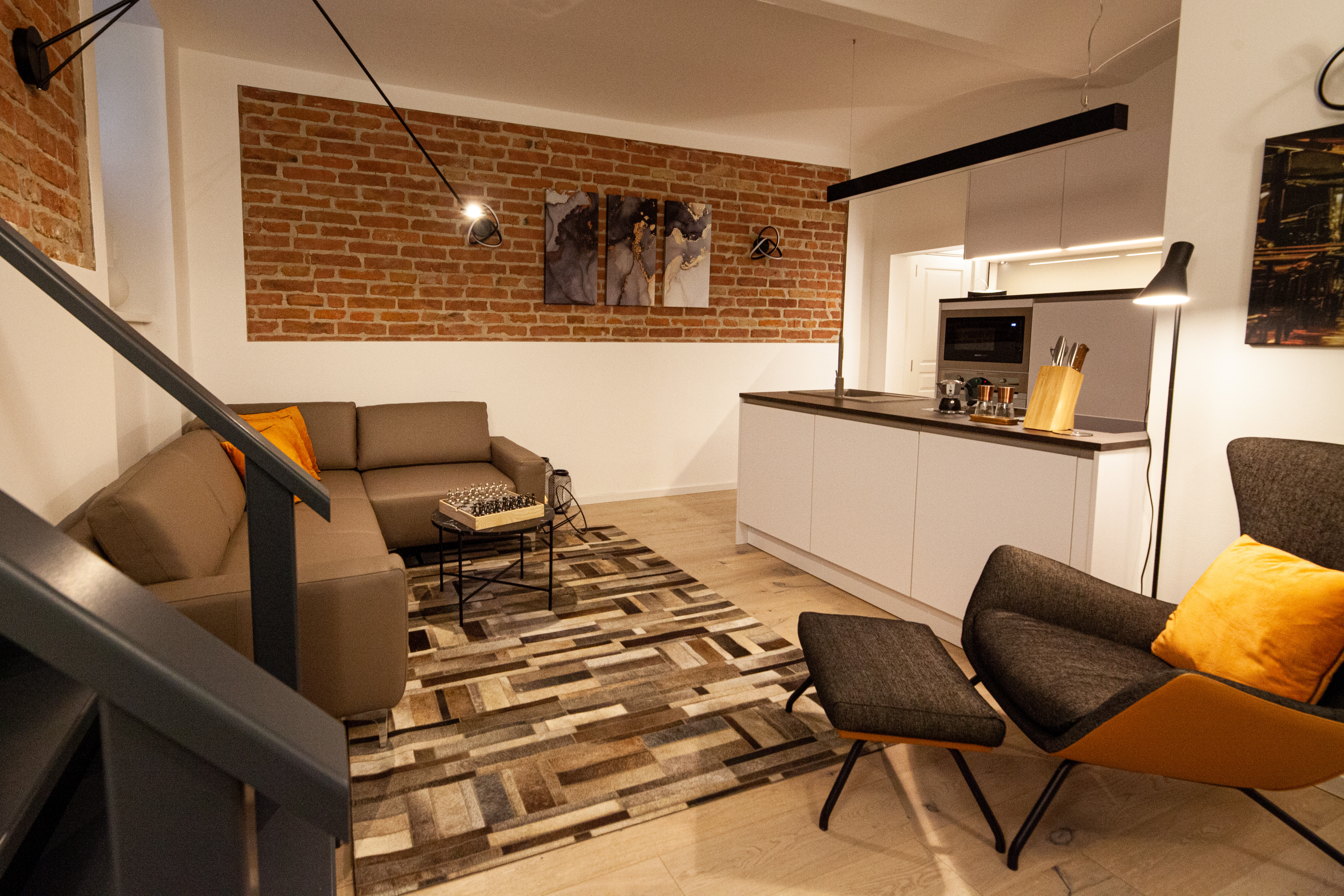 Modern Industrial Bachelor'S Apartment