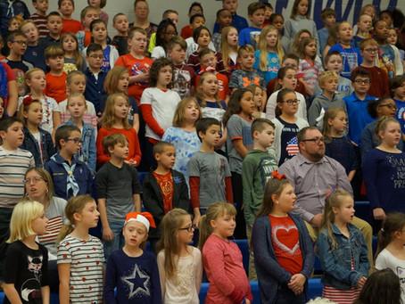 Hubbard Schools welcomes over 200 to Veterans Day program