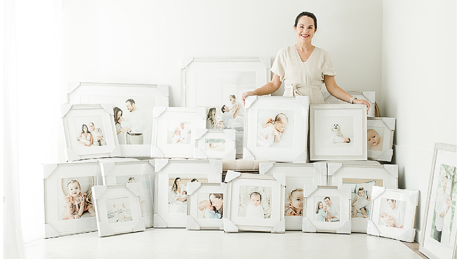 How I Built a Successful Motherhood Photography Business | TKP Education