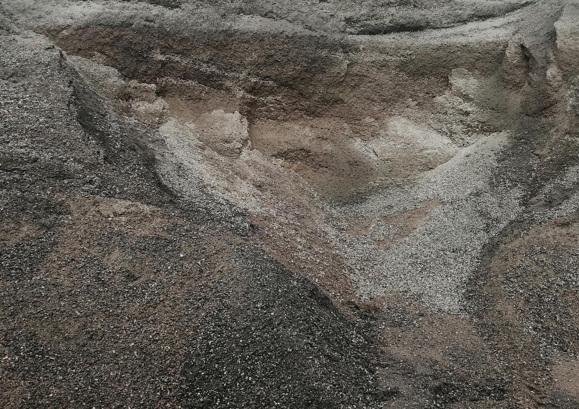archeology-of-crumbs-dovile-aleksandravi