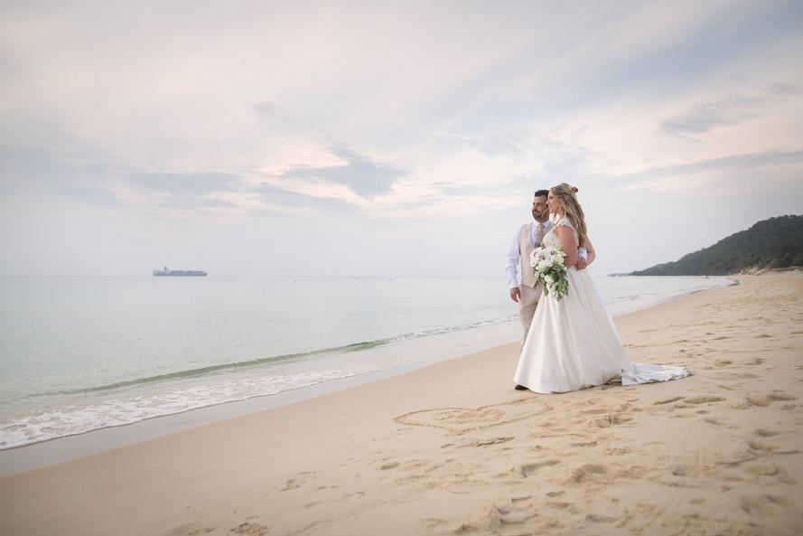 Brisbane Cherry Photography beach wedding