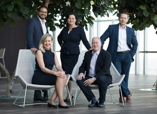 LAST CHANCE QLD! EOFY ! GET YOUR TEAM BUSINESS PHOTOS DONE NOW!