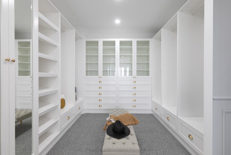 Interior Arrol St (27)