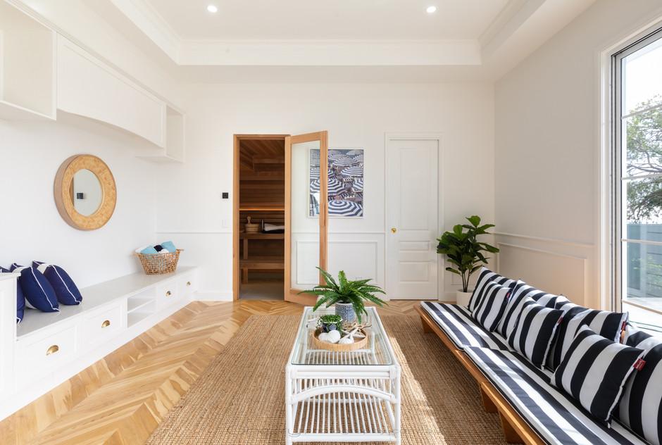 Interior Arrol St (13)