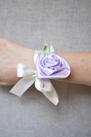 braccialetto di tessuto per invitate