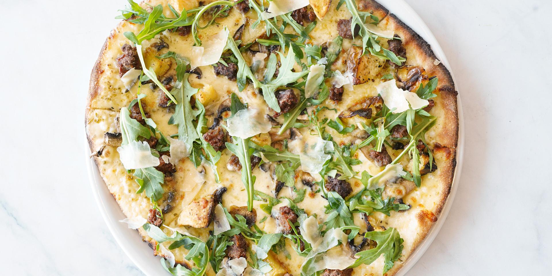 Crento Italian Restaurant Salsicce Pizza