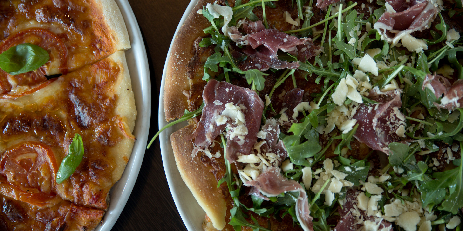 Proscuitto pizza and margherita