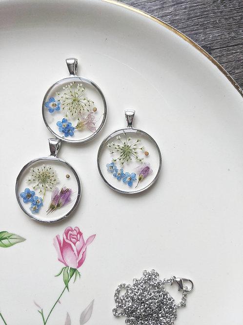 Queen Anne's Lace Garden of Faith Necklace