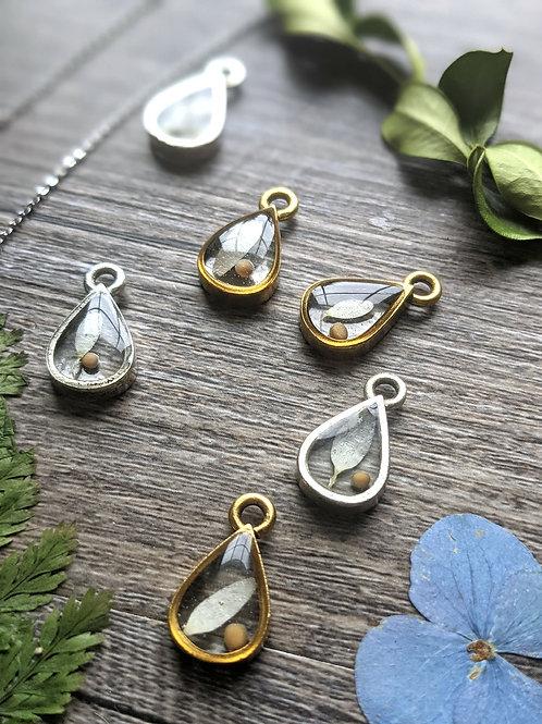 Daisy Petal and Mustard Seed Teardrop Necklace
