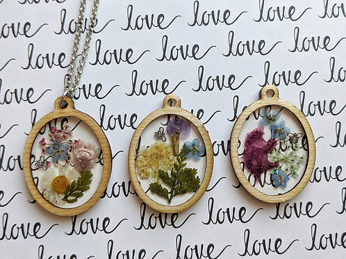 Meadow Beauty Wood-Framed Pendant With Chain