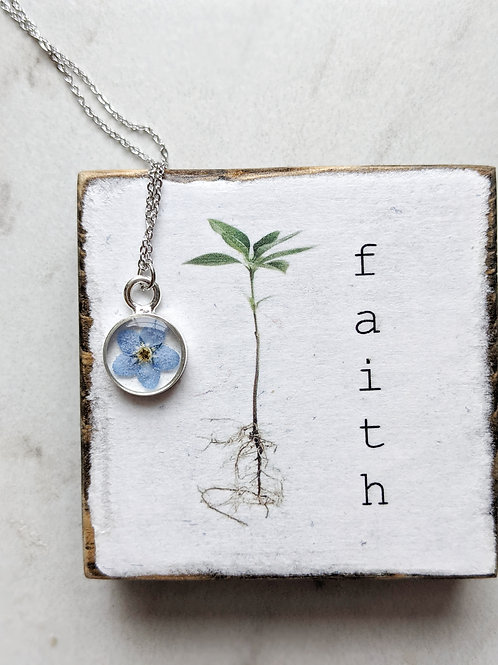 Pressed Forget-Me-Not Silver Round Pendant with chain
