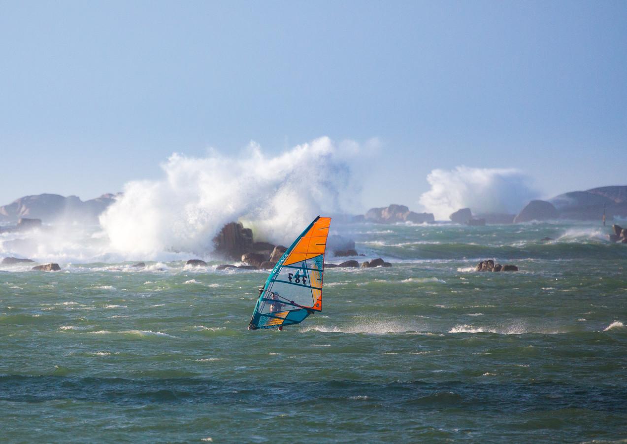 Windsurf Vague rochers
