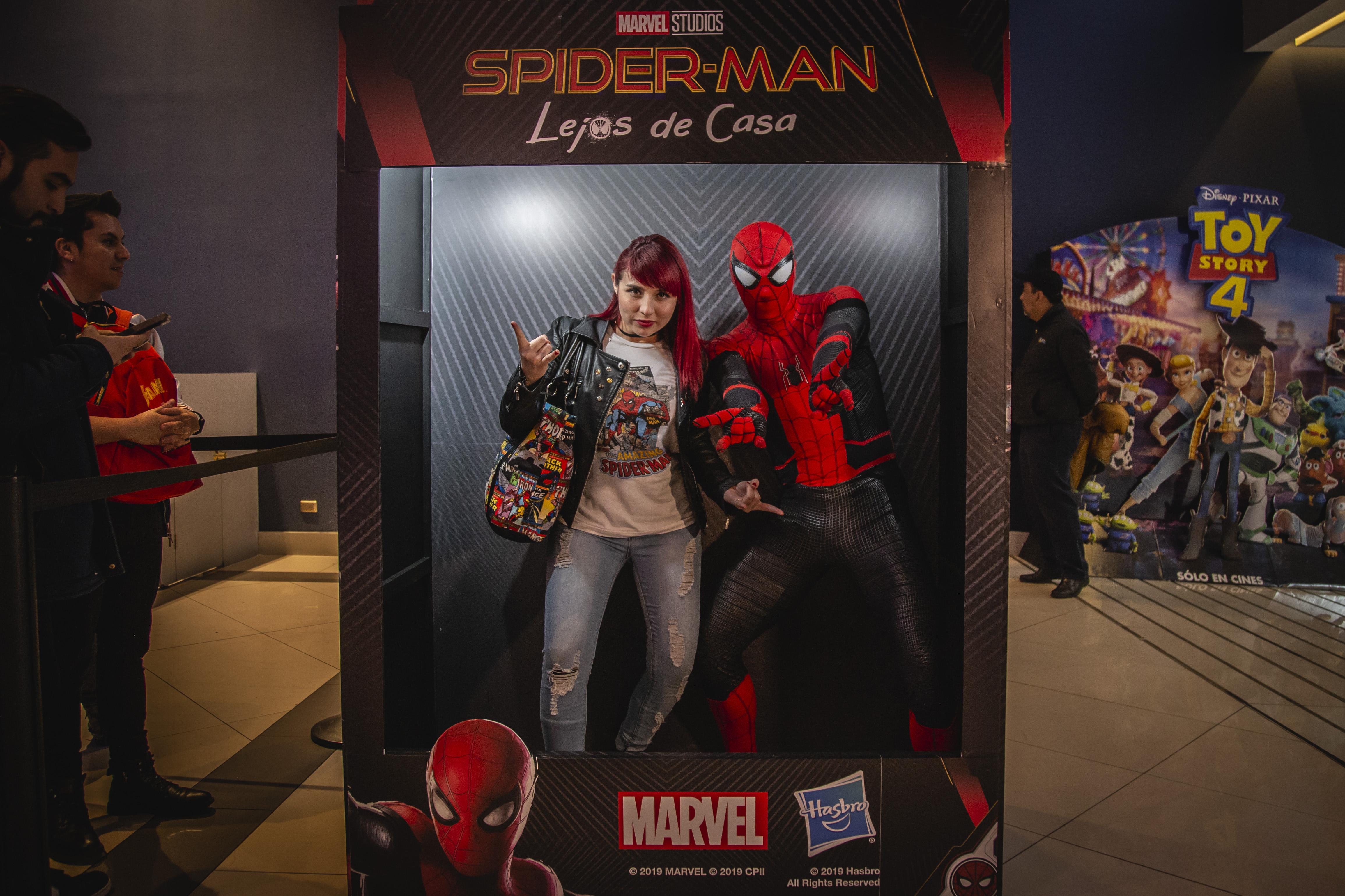Spiderman_Plaza_Egaña_53