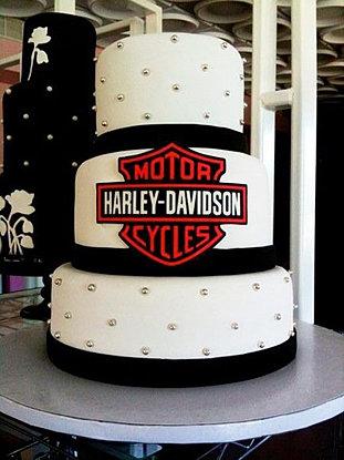 biker wedding cakes
