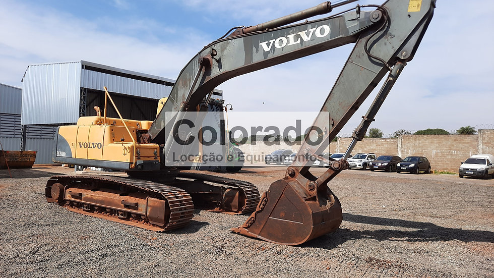 Escavadeira Volvo Ec 210 Blc - 4495 Horas