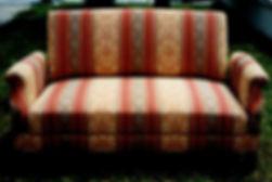 Canapé convertible restauré, tapissier d'ameublement, Indre et loire