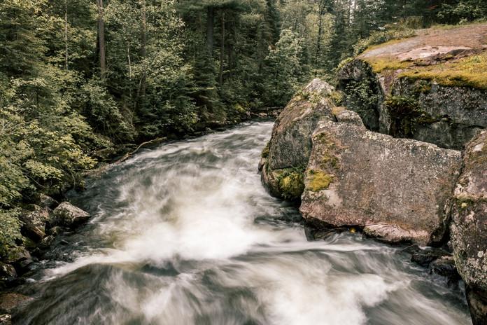 rushingriver-lg-1.jpg