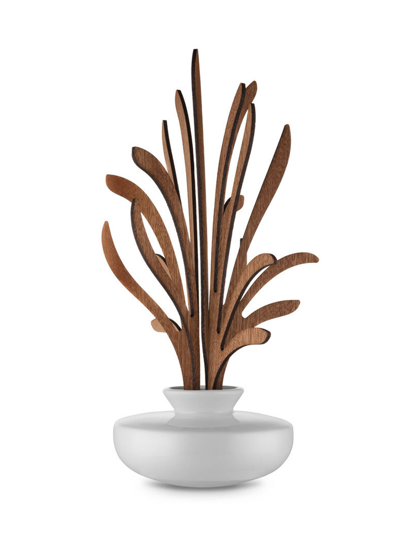 Leaf fragrance diffuser - Grrr.jpg