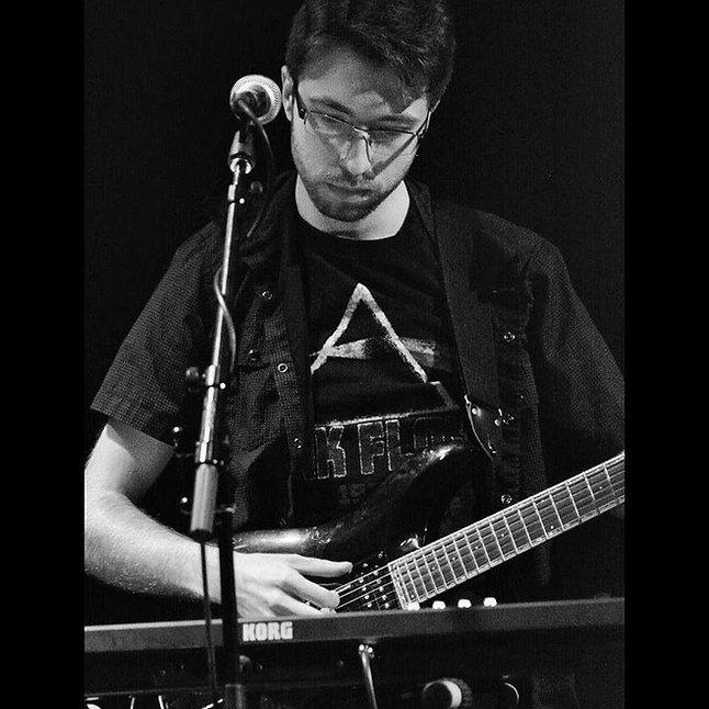 Mark Barron guitarist