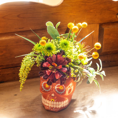 Place the Koo-toore-a in vases or containers to decorate for a special occassion.