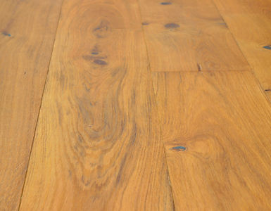 Altea Oak (£44/m2)