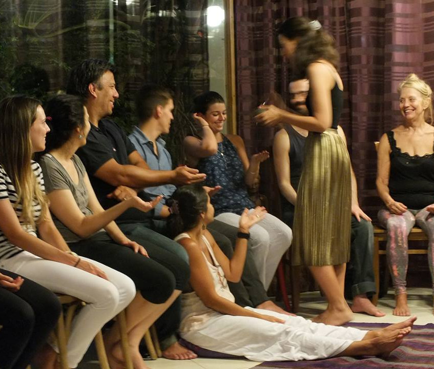 Thais Requito no Mukti Yoga Shala (6)