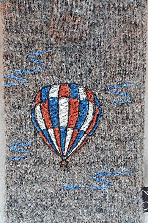 Handy-Tasche mit Ballon-Stickerei blau-braun-weiß