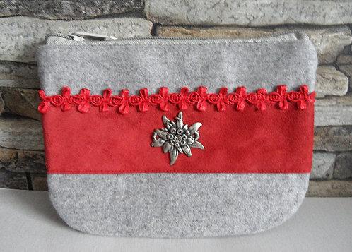 Dirndl- oder Gürtel-Tascherl weißgrau, mit rotem Echt-Leder und Edelweiß