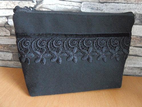Kordel-Tasche mit Sternblüten-Spitze