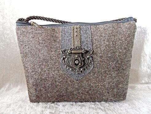 Kordel-Tasche braun-grau mit Metall-Elementen