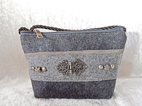 Kordel-Tasche grau mit Metall-Elementen