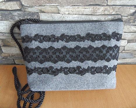 Kordel-Tasche mit Spitze schwarz