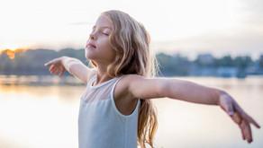 Sommeil, stress... Et si on emmenait son enfant consulter un sophrologue ?